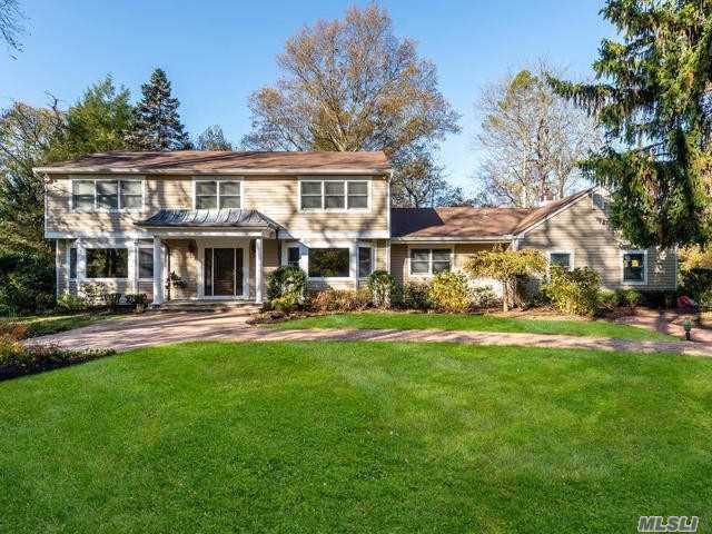 10 Plover Lane, Lloyd Harbor, NY 11743 (MLS #3178927) :: Signature Premier Properties
