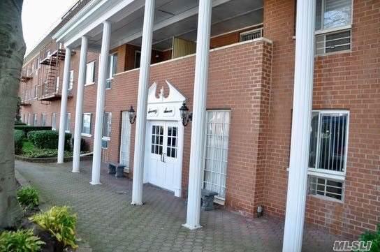 77 Park C14, Rockville Centre, NY 11570 (MLS #3179891) :: Signature Premier Properties