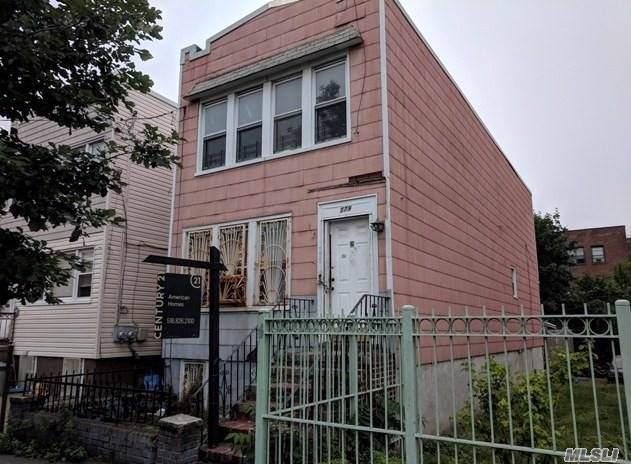 779 Logan St, Brooklyn, NY 11208 (MLS #3179938) :: RE/MAX Edge