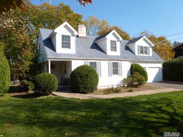 12 Lover's Ln, Huntington, NY 11743 (MLS #3180261) :: Signature Premier Properties