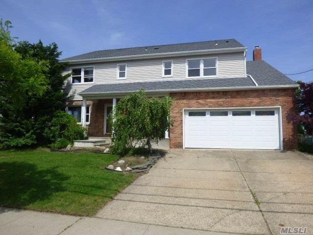 71 Prospect St, Freeport, NY 11520 (MLS #3181591) :: Signature Premier Properties
