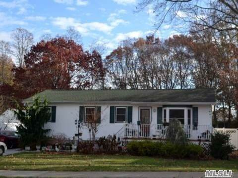351 American Blvd, Brentwood, NY 11717 (MLS #3181671) :: RE/MAX Edge