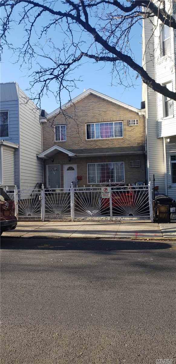69 Schaefer St, Brooklyn, NY 11221 (MLS #3184351) :: Keller Williams Points North