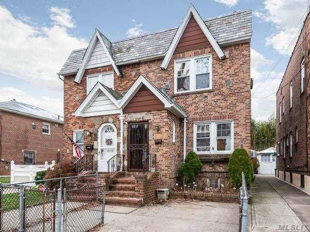 19-10 147th St, Whitestone, NY 11357 (MLS #3185184) :: Signature Premier Properties