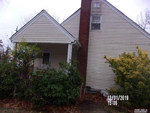 200 Whitehouse Ave, Roosevelt, NY 11575 (MLS #3185810) :: RE/MAX Edge