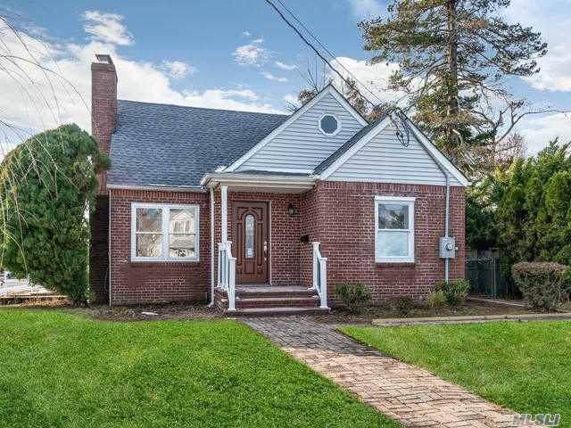 1 Dorcas Avenue, Syosset, NY 11791 (MLS #3186001) :: RE/MAX Edge