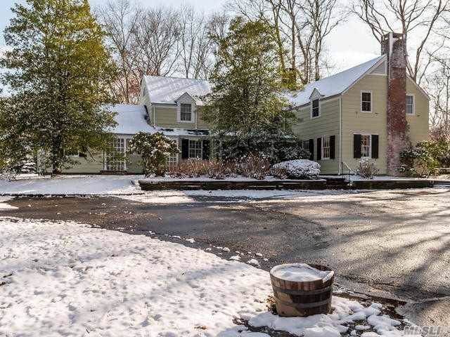 338 Woodbury Rd, Cold Spring Hrbr, NY 11724 (MLS #3190214) :: Signature Premier Properties
