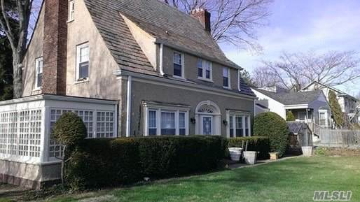 180 Forest Ave, Locust Valley, NY 11560 (MLS #3191983) :: Signature Premier Properties