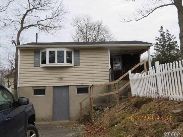 45 Manhasset Rd, Sound Beach, NY 11789 (MLS #3193106) :: Signature Premier Properties