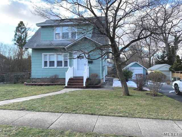 2120 Chestnut St, N. Baldwin, NY 11510 (MLS #3193298) :: Keller Williams Points North