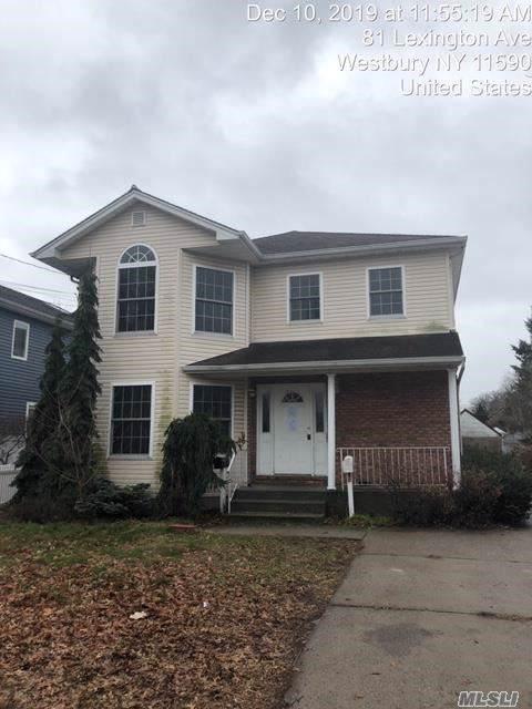 80 Lexington Ave, Westbury, NY 11590 (MLS #3193719) :: Signature Premier Properties
