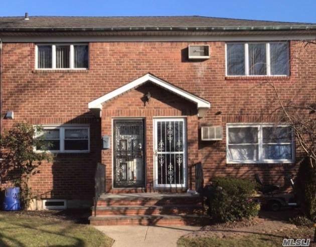 56-43B 175 Pl, Fresh Meadows, NY 11365 (MLS #3194289) :: HergGroup New York