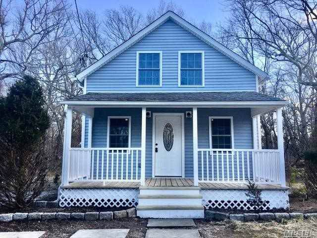 35 Oak Dr, Riverhead, NY 11901 (MLS #3194930) :: Signature Premier Properties
