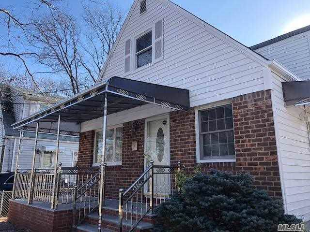 46 Cedar St, Valley Stream, NY 11580 (MLS #3194955) :: HergGroup New York