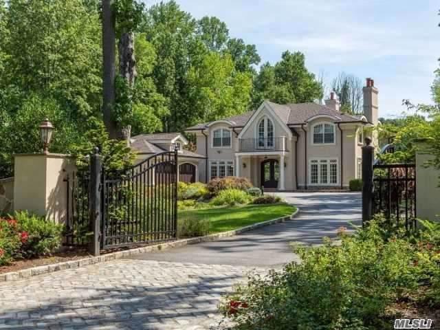 57 Hitchcock Ln, Old Westbury, NY 11568 (MLS #3195159) :: Signature Premier Properties