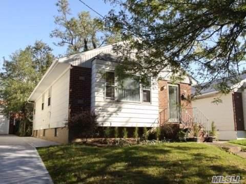 126-15 152 Ave, Wakefield, NY 11420 (MLS #3196823) :: Kevin Kalyan Realty, Inc.