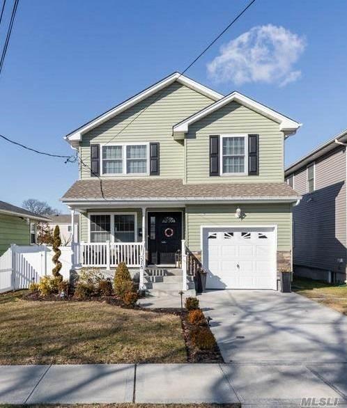 578 Cameron St, Elmont, NY 11003 (MLS #3198648) :: Kevin Kalyan Realty, Inc.