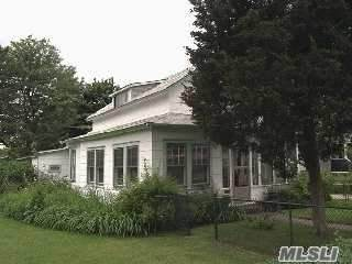 2956 Grand Ave, Baldwin, NY 11510 (MLS #3199466) :: Signature Premier Properties