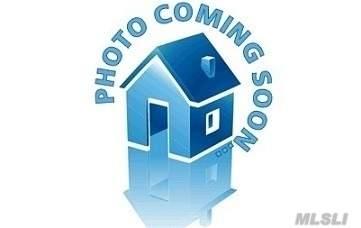 3 Einstein Pl, Smithtown, NY 11787 (MLS #3199821) :: Signature Premier Properties