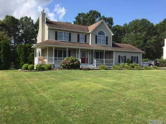 294 Fairway Dr, Wading River, NY 11792 (MLS #3200586) :: Signature Premier Properties