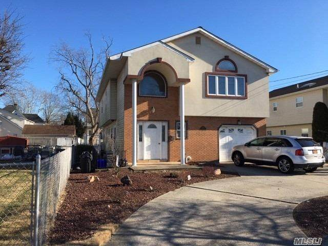 2911 Rockaway Ave, Oceanside, NY 11572 (MLS #3201004) :: RE/MAX Edge