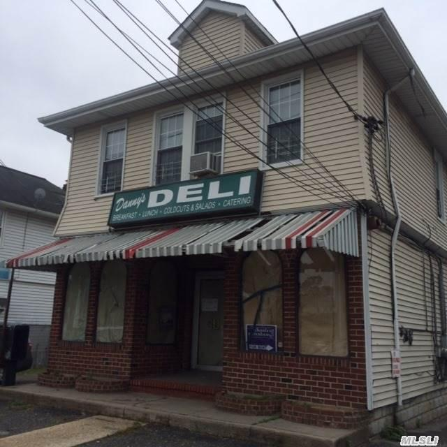 1874 Meadowbrook Rd, N. Merrick, NY 11566 (MLS #2774351) :: Netter Real Estate