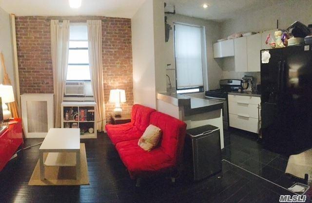21-68 35th St 1H, Astoria, NY 11105 (MLS #2897060) :: Netter Real Estate
