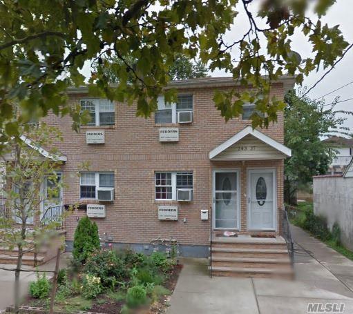 143-37 257 St, Rosedale, NY 11422 (MLS #2927470) :: The Lenard Team