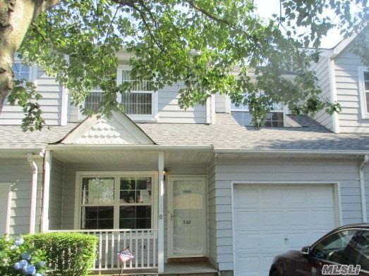 368 Smith St, Central Islip, NY 11722 (MLS #2932251) :: Netter Real Estate