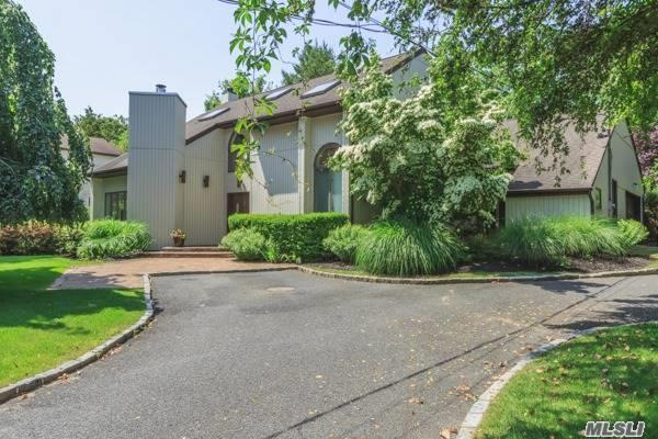 60 Pine Edge Dr, East Moriches, NY 11940 (MLS #2947435) :: Netter Real Estate