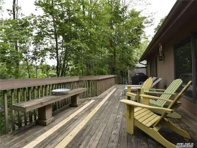 35 Fairway Pl, Cold Spring Hrbr, NY 11724 (MLS #2949967) :: Signature Premier Properties