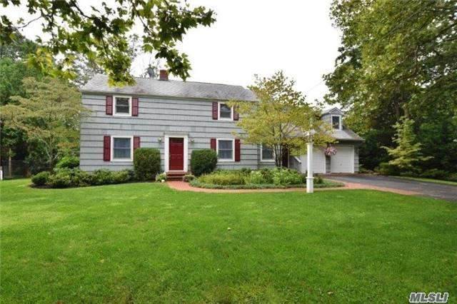 165 Little Neck Rd, Centerport, NY 11721 (MLS #2963843) :: Signature Premier Properties