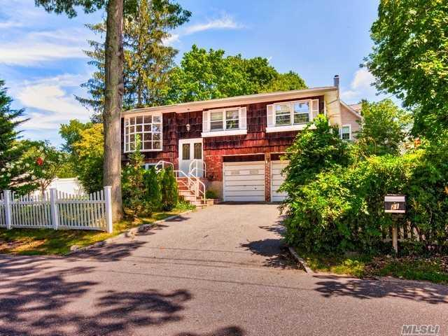 21 Macarthur Ave, Huntington, NY 11743 (MLS #2964072) :: Signature Premier Properties
