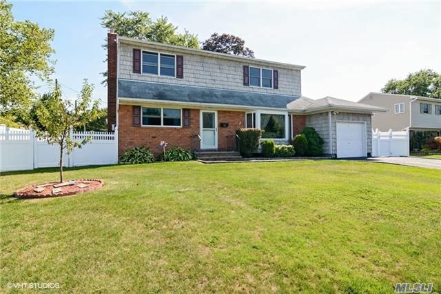 50 Walter Ct, Commack, NY 11725 (MLS #2964584) :: Signature Premier Properties