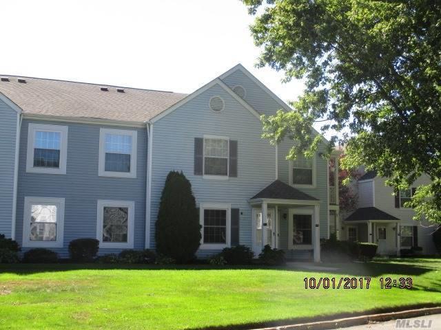 358 Artist Lake Dr, Middle Island, NY 11953 (MLS #2974999) :: Netter Real Estate