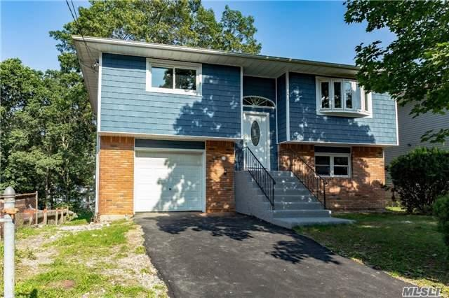 82 11th Ave, Huntington Sta, NY 11746 (MLS #2977217) :: Platinum Properties of Long Island