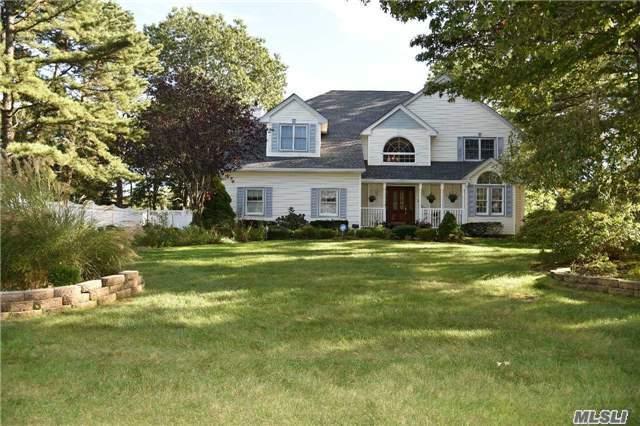 14 Pine Edge, Dix Hills, NY 11746 (MLS #2977883) :: Platinum Properties of Long Island
