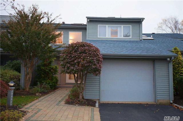 31 Harbour Dr, Blue Point, NY 11715 (MLS #2982400) :: Netter Real Estate