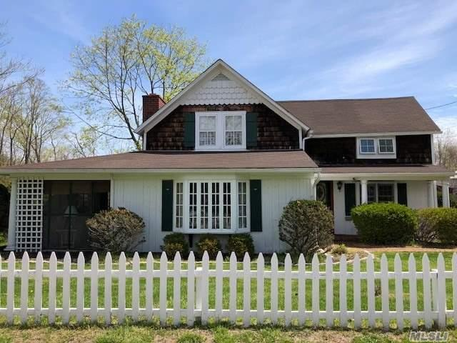 3 Newey Ln, Brookhaven, NY 11719 (MLS #2988994) :: Netter Real Estate