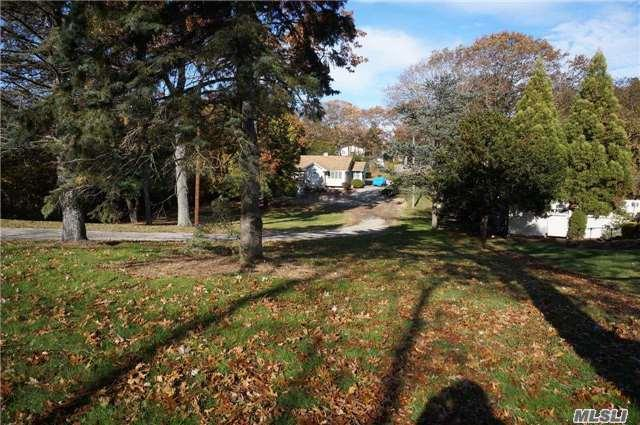 453 Clay Pitts Rd, E. Northport, NY 11731 (MLS #2989365) :: Platinum Properties of Long Island
