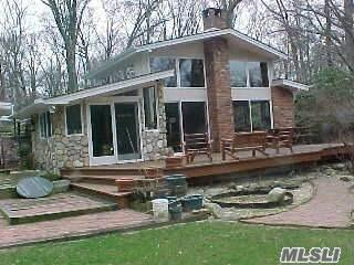 10 Maplewood Dr, Northport, NY 11768 (MLS #2989592) :: Platinum Properties of Long Island
