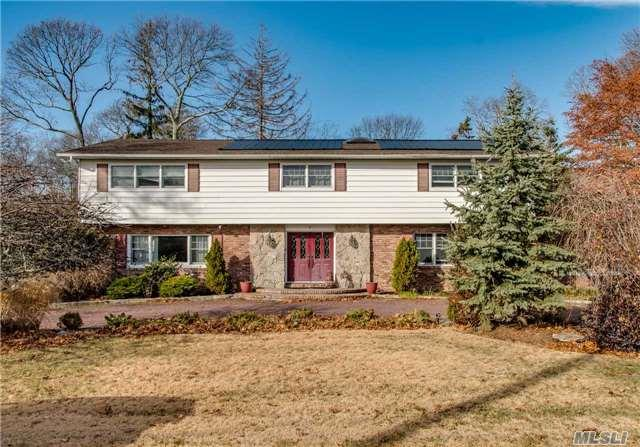 1 Wilton Ct, Great River, NY 11739 (MLS #2990107) :: Netter Real Estate