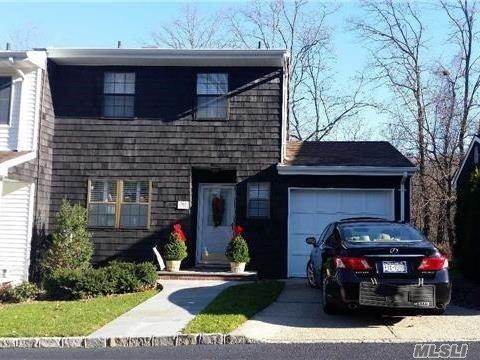 9 Pine St, Huntington, NY 11743 (MLS #2990222) :: Platinum Properties of Long Island