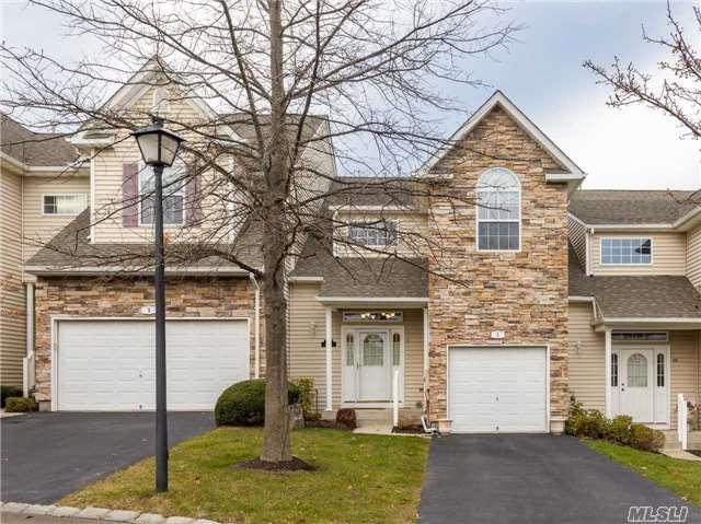 1 Mohannis Way, Kings Park, NY 11754 (MLS #2990255) :: Netter Real Estate