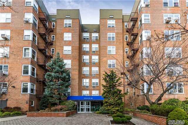 210-15 23rd Ave 1J, Bayside, NY 11361 (MLS #2992113) :: Netter Real Estate