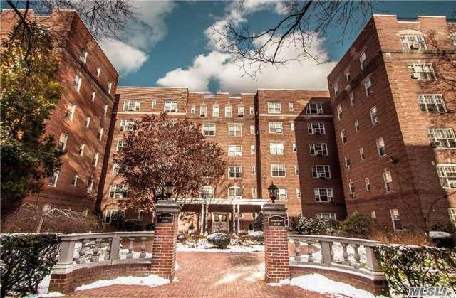 77-35 113th Street 5G, Forest Hills, NY 11375 (MLS #2993224) :: Netter Real Estate