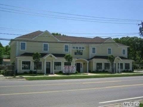 910 Montauk Hwy, Shirley, NY 11967 (MLS #2998182) :: Netter Real Estate