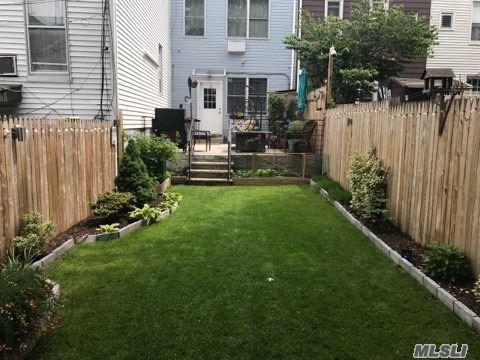 65-11 Grand Ave, Maspeth, NY 11378 (MLS #2999745) :: Netter Real Estate