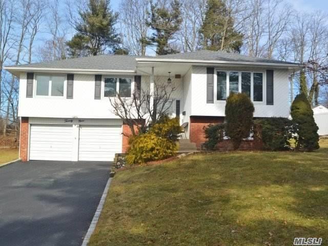 29 Pittoni Dr, Commack, NY 11725 (MLS #3004785) :: Platinum Properties of Long Island