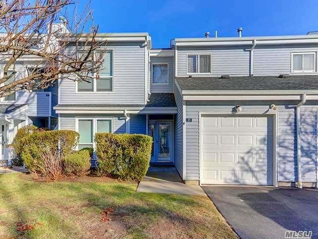35 Lakeview Dr, Manorville, NY 11949 (MLS #3005048) :: Netter Real Estate